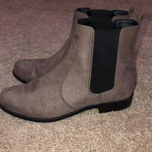 H&M chelsea boots!